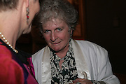 Maggi Hambling, Millais exhibition opening and Dinner. Tate Gallery. 24 September 2007. -DO NOT ARCHIVE-© Copyright Photograph by Dafydd Jones. 248 Clapham Rd. London SW9 0PZ. Tel 0207 820 0771. www.dafjones.com.