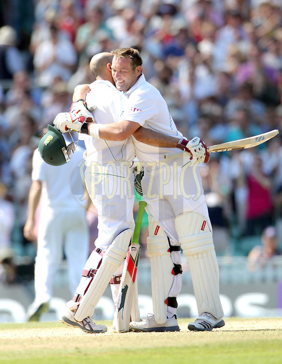 © Andrew Fosker / Seconds Left Images 2012 - South Africa's Hashim Amla celebrates his triple  century, 3, hundred, 100, 300 with South Africa's Jacques Kallis   England v South Africa - 1st Investec Test Match -  Day  4 - The Oval  - London - 22/07/2012