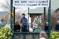 Bar Harbor, USA. 29 April, 2017. Katherine Perkins and Danny Fisher-Lochhead perform at the Downeast Climate March.