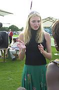 Jodie Kidd. Cartier International Polo 2000. Smiths Lawn.  31/7/00<br />© Copyright Photograph by Dafydd Jones 66 Stockwell Park Rd. London SW9 0DA Tel 020 7733 0108 www.dafjones.com