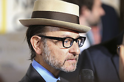 October 17, 2016 - Paris, France - Fisher Stevens (Credit Image: © Panoramic via ZUMA Press)