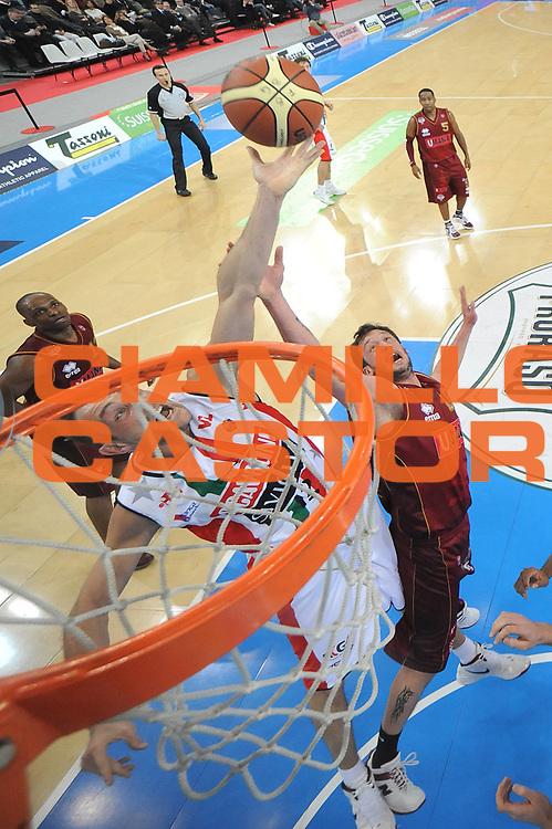 DESCRIZIONE : Torino Coppa Italia Final Eight 2012 Quarti Di Finale Scavolini Siviglia Pesaro Umana Venezia<br /> GIOCATORE : Marco Cusin<br /> CATEGORIA : special rimbalzo<br /> SQUADRA : Scavolini Siviglia Pesaro<br /> EVENTO : Suisse Gas Basket Coppa Italia Final Eight 2012<br /> GARA : Scavolini Siviglia Pesaro Umana Venezia<br /> DATA : 17/02/2012<br /> SPORT : Pallacanestro<br /> AUTORE : Agenzia Ciamillo-Castoria/C.De Massis<br /> Galleria : Final Eight Coppa Italia 2012<br /> Fotonotizia : Torino Coppa Italia Final Eight 2012 Quarti Di Finale Scavolini Siviglia Pesaro Umana Venezia<br /> Predefinita :