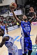 DESCRIZIONE : Campionato 2014/15 Serie A Beko Dinamo Banco di Sardegna Sassari - Acqua Vitasnella Cantu'<br /> GIOCATORE : Damian Hollis<br /> CATEGORIA : Tiro Penetrazione Sottomano<br /> SQUADRA : Acqua Vitasnella Cantu'<br /> EVENTO : LegaBasket Serie A Beko 2014/2015<br /> GARA : Dinamo Banco di Sardegna Sassari - Acqua Vitasnella Cantu'<br /> DATA : 28/02/2015<br /> SPORT : Pallacanestro <br /> AUTORE : Agenzia Ciamillo-Castoria/L.Canu<br /> Galleria : LegaBasket Serie A Beko 2014/2015