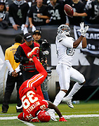 Oakland Raiders Amari Cooper catches a touchdown pass vs the KC Chiefs.