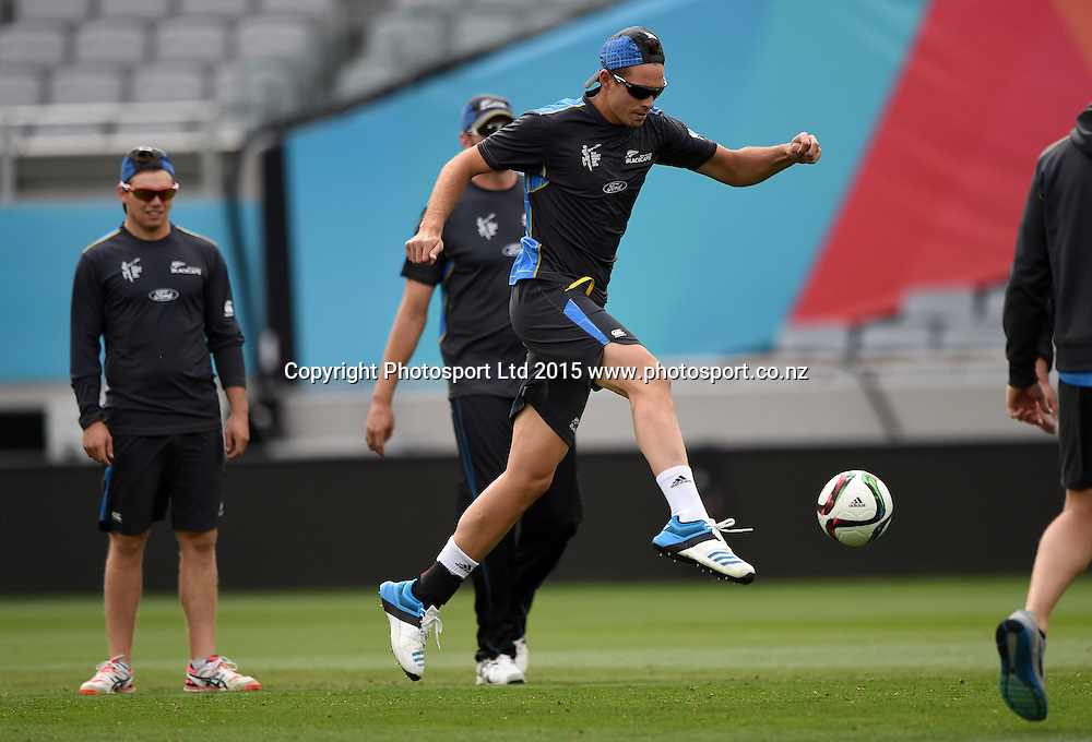 New Zealand bowler Tim Southee during training at Eden Park in Auckland ahead of the semi final Cricket World Cup match against South Africa tomorrow. Monday 23 March 2015. Copyright photo: Andrew Cornaga / www.photosport.co.nz