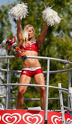 05.08.2011, Klagenfurt, Strandbad, AUT, Beachvolleyball World Tour Grand Slam 2011, im Bild Eskimo-Girl, EXPA Pictures © 2011, PhotoCredit EXPA Erwin Scheriau