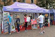 Apertura del Villaggio Trento Half Marathon e del Giro al Sas, consegna dei pettorali agli atleti del 70° Giro al Sas, Trento Piazza Fiera 30 settembre 2016 © foto Daniele Mosna
