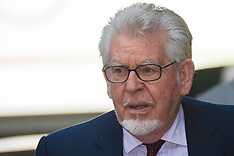 2014-06-17 Rolf Harris court appearance