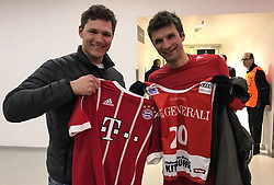 """Thomas Mueller releases a photo on Twitter with the following caption: """"""""Wir wünschen #FCBayern-Fan Thomas Dreßen eine gute und schnelle Genesung! Der Streif-Sieger fällt nach einem Kreuzbandriss für die Saison aus. #MiaSanMia #SkiAlpin"""""""". Photo Credit: Twitter *** No USA Distribution *** For Editorial Use Only *** Not to be Published in Books or Photo Books ***  Please note: Fees charged by the agency are for the agency's services only, and do not, nor are they intended to, convey to the user any ownership of Copyright or License in the material. The agency does not claim any ownership including but not limited to Copyright or License in the attached material. By publishing this material you expressly agree to indemnify and to hold the agency and its directors, shareholders and employees harmless from any loss, claims, damages, demands, expenses (including legal fees), or any causes of action or allegation against the agency arising out of or connected in any way with publication of the material."""