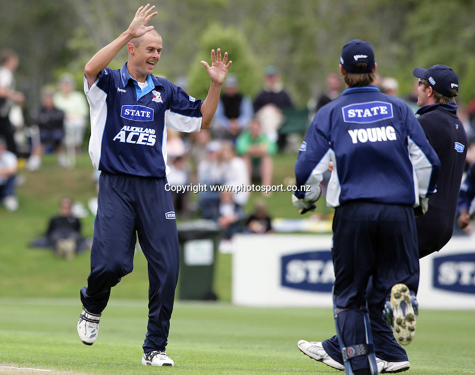 Man of the match Chris Martin celebrates the wicket of Craig Cumming during the State Shield cricket final between the Auckland Aces and the Otago Volts at the University Oval, Dunedin, New Zealand on Saturday 10 February 2007. The Auckland Aces completed a five-wicket victory over the State Otago Volts. Photo: Hannah Johnston/PHOTOSPORT<br /> <br /> <br /> <br /> 100207