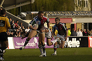 Twickenham, Surrey, ENGLAND, 29.04.2006, Quins David Mills looks to pass the ball, during the Super League match Quins RL vs Huddersfield Giants, at The Stoop,  © Peter Spurrier/Intersport-images.com,Rugby League .