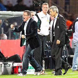 25.05.2011, rewirpowerstadion, Bochum, GER, 1.FBL, Vfl Bochum vs Borussia Moenchengladbach, Relegation Rueckspiel, im Bild: Torjubel / Jubel nach dem 1:1 durch Marco Reus (Gladbach). Hier jubeln Max Eberl und Trainer Lucien Favre (Gladbach) (R) EXPA Pictures © 2011, PhotoCredit: EXPA/ nph/  Mueller       ****** out of GER / SWE / CRO  / BEL ******
