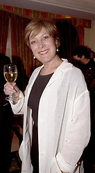 Actress LYNDA BELLINGHAM at a reception in<br />  London on 8th May 2000.ODM 11
