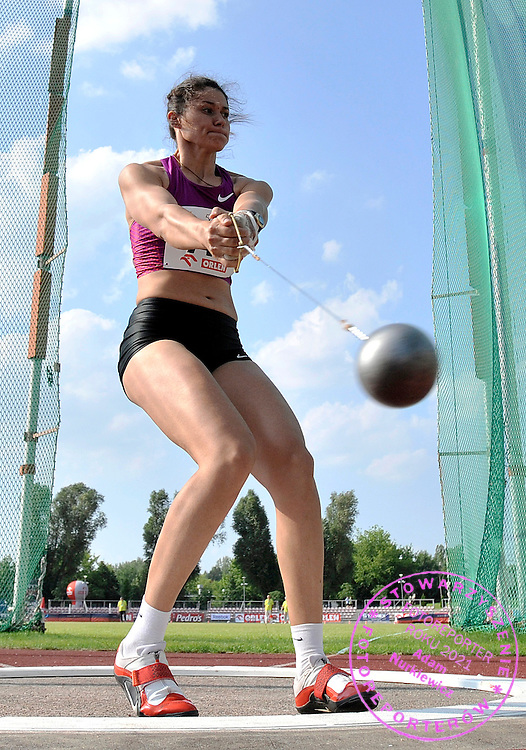 TATYANA LYSENKO (RUSSIA) COMPETES IN WOMEN'S HAMMER THROW COMPETITION DURING 56TH ATHLETIC MEMORIAL OF JANUSZ KUSOCINSKI 2010 IN WARSAW, POLAND...POLAND , WARSAW , JUNE 08, 2010..( PHOTO BY ADAM NURKIEWICZ / MEDIASPORT )