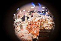 Pikes market crab with a fisheye lens
