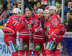 12.01.2020, Stadthalle, Klagenfurt, AUT, EBEL, EC KAC vs HC Orli Znojmo, 39. Runde, im Bild Clemens UNTERWEGER (EC KAC, #92), Manuel GEIER (EC KAC, #21), Stefan GEIER (EC KAC, #19), Siim LIIVIK (EC KAC, #72), Petter HANSON (EC KAC, #92) // during the Erste Bank Eishockey League 39th round match between EC KAC and HC Orli Znojmo at the Stadthalle in Klagenfurt, Austria on 2020/01/12. EXPA Pictures © 2020, PhotoCredit: EXPA/ Gert Steinthaler