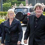NLD/Bilthoven/20120618 - Uitvaart Will Hoebee, Albert West en partner Joke Vloet