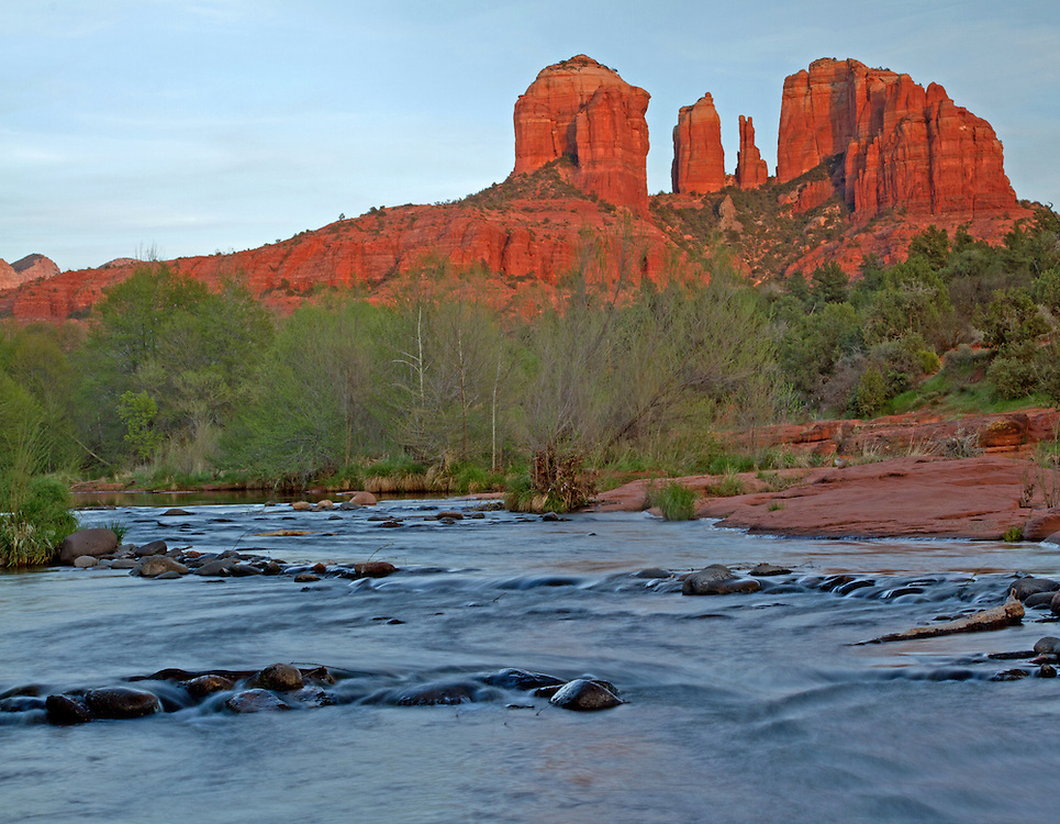 Cathedral Rock is Sedona's most photographed landmark. These famous buttes located along Oak Creek, are one of four rock formations in Sedona believed to contain a power vortex. Specifically, Cathedral Rock is believed to contain feminine energy, which encourages relaxation.
