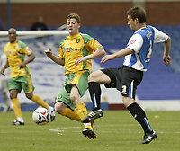 Photo: Aidan Ellis.<br /> Sheffield Wednesday v Norwich City. Coca Cola Championship. 06/05/2007.<br /> Norwich's Michael Spillane challenges Sheffield's Peter Gilbert