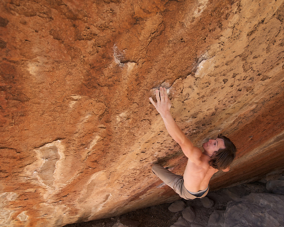 Gp Salvo attempting Nagual (V13), Hueco Tanks