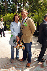 MARTIN CLUNES and his wife PHILIPPA BRAITHWAITE at the 2008 Chelsea Flower Show 19th May 2008.<br />