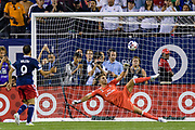 CHICAGO, IL - AUGUST 02: MLS All-Star and Portland Timbers Midfielder Digo Valeri (9) scores a postgame penalty kick on Real Madrid goalkeeper Luca Zidane (30) during a soccer match between the MLS All-Stars and Real Madrid on August 02, 2017, at Soldier Field in Chicago, IL. The game ended in a 1-1 tie with Real Madrid winning on penalty kicks 4-2. (Photo By Daniel Bartel/Icon Sportswire)