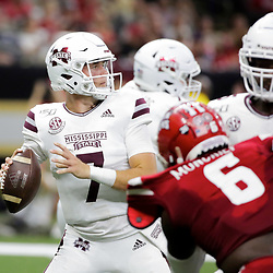 Aug 31, 2019; New Orleans, LA, USA; Mississippi State Bulldogs quarterback Tommy Stevens (7) looks to pass against the Louisiana-Lafayette Ragin Cajuns during the first quarter at the Mercedes-Benz Stadium. Mandatory Credit: Derick E. Hingle-USA TODAY Sports