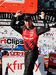 September 1, 2018 - Darlington, SC, U.S. - DARLINGTON, SC - SEPTEMBER 01: Brad Keselowski, Team Penske, Ford Mustang Snap-On Tools (22) during the running of the 36th annual Sport Clips Haircuts VFW 200 on Saturday September 1, 2018 at Darlington Raceway in Darlington South Carolina (Photo by Jeff Robinson/Icon Sportswire) (Credit Image: © Jeff Robinson/Icon SMI via ZUMA Press)