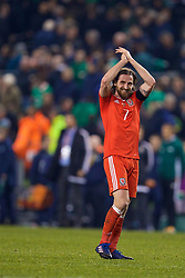 DUBLIN, REPUBLIC OF IRELAND - Friday, March 24, 2017: Wales' Joe Allen applauds the supporters after the goal-less draw with Republic of Ireland during the 2018 FIFA World Cup Qualifying Group D match at the Aviva Stadium. (Pic by David Rawcliffe/Propaganda)
