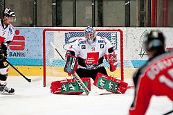 28.09.2013, Zimni Stadion, Zneim, CZE, EBEL, HC Orli Znojmo vs HC TWK Innsbruck, 12. Runde, im Bild Adam Munro (Innsbruck #51) David Lindner (Innsbruck #7) // during the Erste Bank Icehockey League 12th round match betweeen HC Orli Znojmo and HC TWK Innsbruck  at the Zimni Stadium, Znojmo, Czech Republic on 2013/09/28. EXPA Pictures © 2013, PhotoCredit: EXPA/ Rostislav Pfeffer