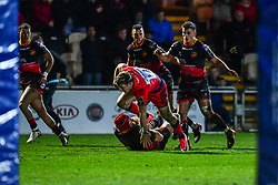 Tom Howe of Worcester Warriors evades the tackle of Joe Davies of Dragons - Mandatory by-line: Craig Thomas/JMP - 02/02/2018 - RUGBY - Rodney Parade - Newport, Gwent, Wales - Dragons v Worcester Warriors - Anglo Welsh Cup