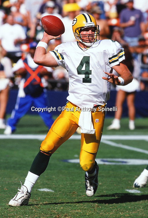 Green Bay Packers quarterback Brett Favre (4) throws a pass during the NFL football game against the San Diego Chargers on Oct. 24, 1999 in San Diego. The Packers won the game 31-3. (©Paul Anthony Spinelli)