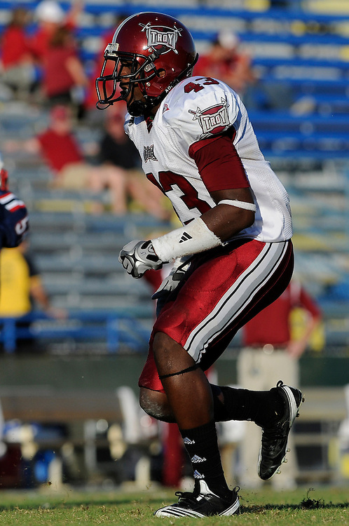 December 4, 2010: Caleb Massey of the Troy Trojans in action during the NCAA football game between Troy and the Florida Atlantic Owls. The Trojans defeated the Owls 44-7.