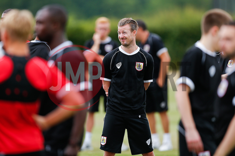Former player and new Under 21s coach Wade Elliott looks on as Bristol City return to training ahead of their 2015/16 Sky Bet Championship campaign - Photo mandatory by-line: Rogan Thomson/JMP - 07966 386802 - 01/07/2015 - SPORT - Football- Bristol, England - Failand Training Ground - Sky Bet Championship.