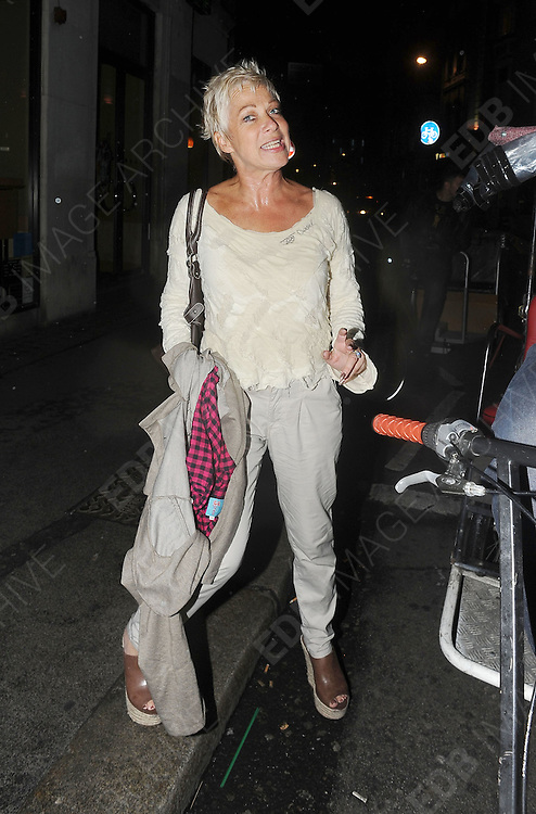 20.JUNE.2011. LONDON<br /> <br /> ACTRESS DENISE WELCH LEAVING THE FREEDOM BAR IN SOHO, CENTRAL LONDON.<br /> <br /> BYLINE: EDBIMAGEARCHIVE.COM<br /> <br /> *THIS IMAGE IS STRICTLY FOR UK NEWSPAPERS AND MAGAZINES ONLY*<br /> *FOR WORLD WIDE SALES AND WEB USE PLEASE CONTACT EDBIMAGEARCHIVE - 0208 954 5968*