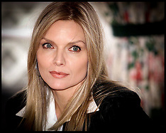 Michelle Pfeiffer in 2000