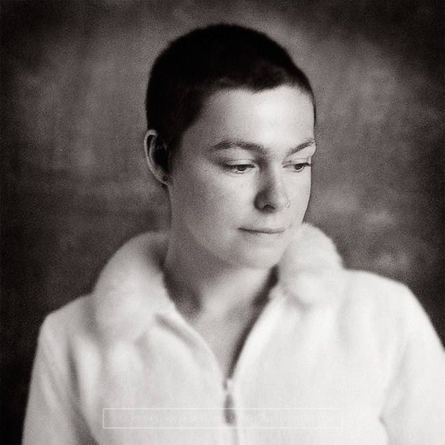 Portrait of musician Amy Duncan.