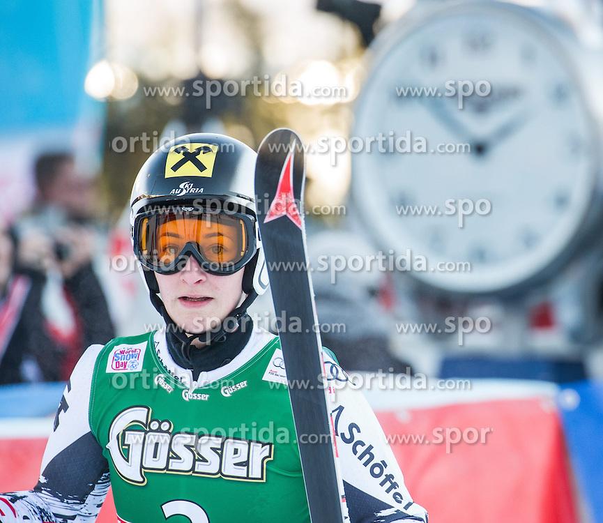 28.12.2013, Hochstein, Lienz, AUT, FIS Weltcup Ski Alpin, Lienz, Riesentorlauf, Damen, 2. Durchgang, im Bild Kathrin Zettel (AUT) // after the 2nd run of ladies giant slalom Lienz FIS Ski Alpine World Cup at Hochstein in Lienz, Austria on 2013/12/28, EXPA Pictures © 2013 PhotoCredit: EXPA/ Michael Gruber