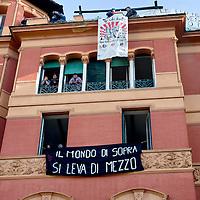 Roma, polizia sgombera edifico occupato
