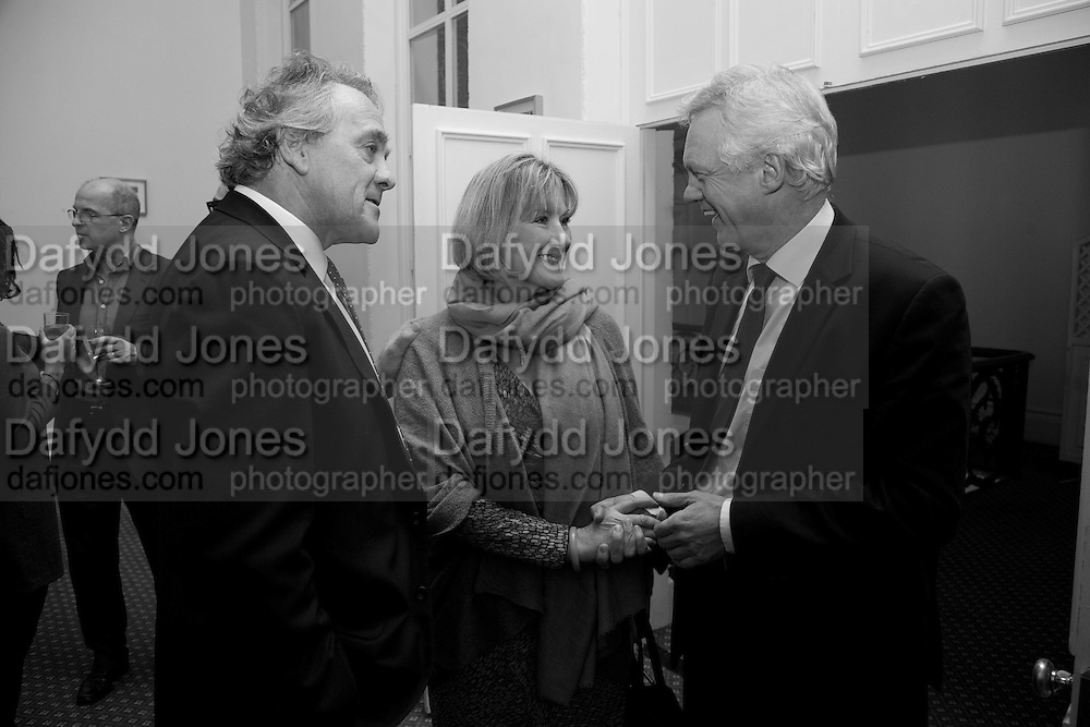 HENRY PORTER; SUE CREWE; DAVID DAVIS, Vanity Fair, Baroness Helena Kennedy QC and Henry Porter launch ' The Convention on Modern Liberty'. The Foreign Press Association. Carlton House Terrace. London. 15 January 2009 *** Local Caption *** -DO NOT ARCHIVE-© Copyright Photograph by Dafydd Jones. 248 Clapham Rd. London SW9 0PZ. Tel 0207 820 0771. www.dafjones.com.<br /> HENRY PORTER; SUE CREWE; DAVID DAVIS, Vanity Fair, Baroness Helena Kennedy QC and Henry Porter launch ' The Convention on Modern Liberty'. The Foreign Press Association. Carlton House Terrace. London. 15 January 2009