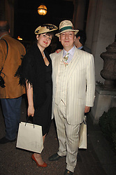 ALEXIS TAPLIN and STEPHEN JONES at the Quintessentially Summer Party at the Wallace Collection, Manchester Square, London on 6th June 2007.<br />