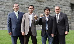 October 1, 2008; New York, NY, USA;  (l to r) Richard Schaefer, Oscar De La Hoya, Manny Pacquiao, and Bob Arum pose at the press conference announcing their December 6, 2008 fight.  The two fighters will meet at the MGM Grand Garden Arena.