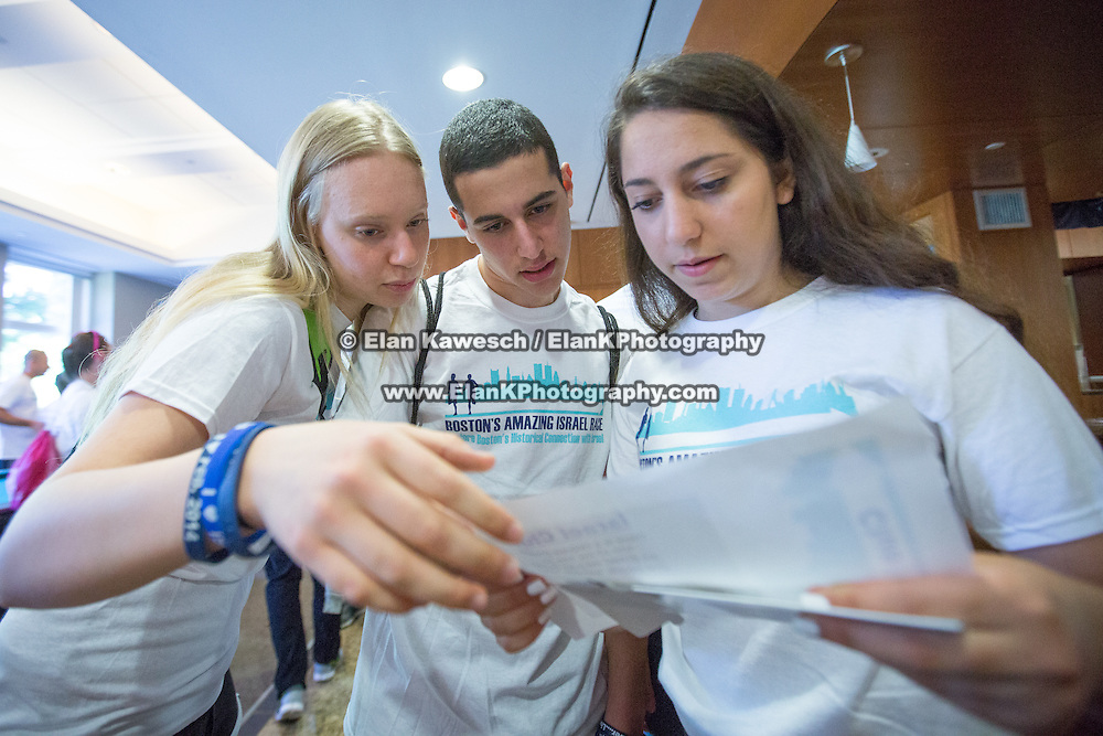 Boston's Amazing Israel Race Fall 2014 at BU Hillel on September 14, 2014 in Boston, Massachusetts. (Photo by Elan Kawesch)