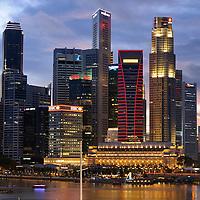 SGP, Singapur : Das Bankenviertel von Singapur / HSBC , Maybank , UOB. |SGP, Singapore : the Financial District of Singapore / HSBC , Maybank , UOB|. 11.02.2013 .Copyright by : Rainer UNKEL , Tel.: 0171/5457756