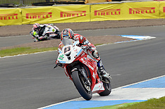 R4 MCE British Superbikes Knockhill 2014