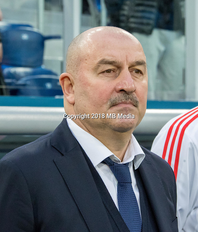 SAINT PETERSBURG, RUSSIA - MARCH 27: RUSSIA-FRANCE. International friendly football match at Saint Petersburg Stadium on March 27, 2018 in Saint-Petersburg, Russia. Russian's coach Stanislav Chercesov. (Photo by MB Media/Getty Images)