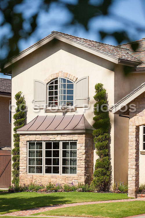 Stone Details on Front Home Exterior