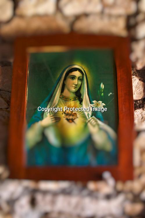 Le catholicisme est fortement présent dans la culture Dalmate et les fêtes liés aux saints marque tout au long de l'année le calendrier.