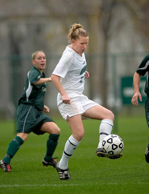 Womens Soccer defeat Eastern Michigan 3-1 in Mid-American Conference