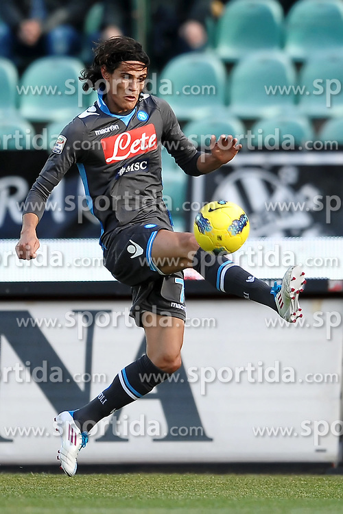 22.01.2012, Stadion Communale Artemio Franchi, Siena, ITA, Serie A, AC Siena vs SSC Neapel, 19. Spieltag, im Bild Edinson Cavani Napoli // during the football match of Italian 'Serie A' league, 19th round, between AC Siena and SSC Neapel at Comunale Artemio Franchi stadium, Siena, Italy on 2012/01/22. EXPA Pictures © 2012, PhotoCredit: EXPA/ Insidefoto/ Andrea Staccioli..***** ATTENTION - for AUT, SLO, CRO, SRB, SUI and SWE only *****